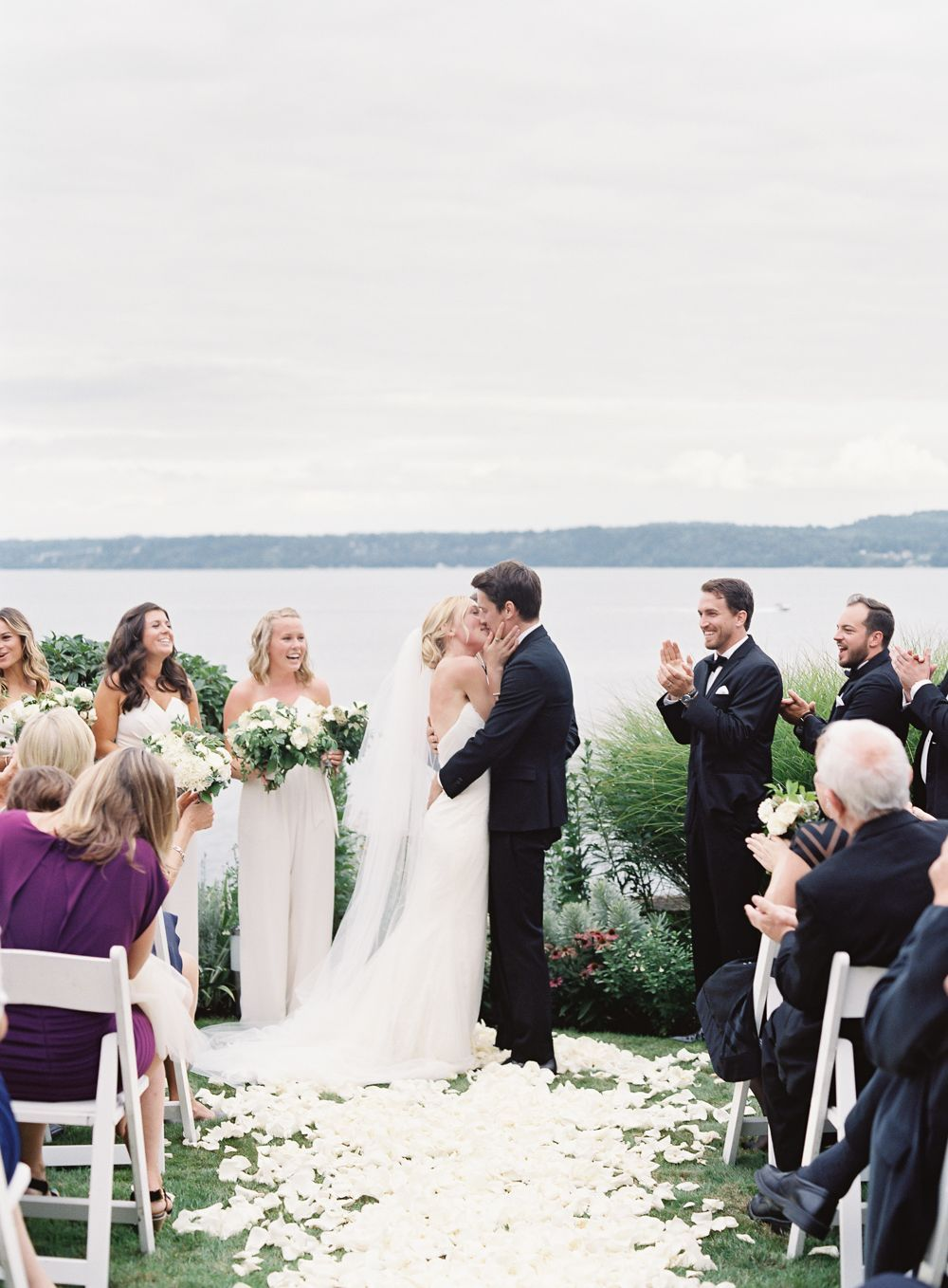 7-romantic-beach-wedding-ceremony
