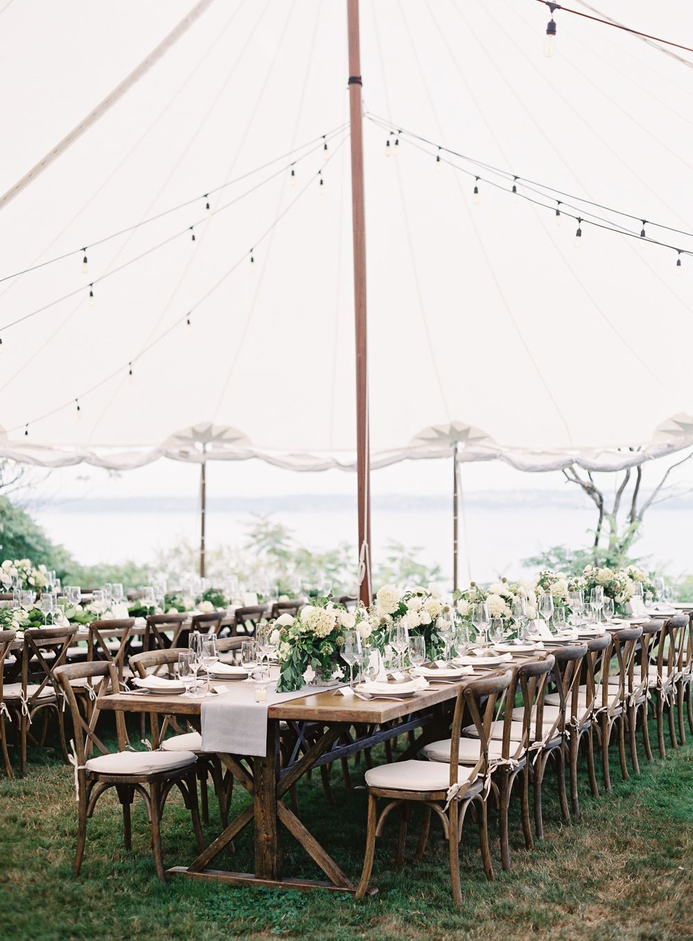 9-outdoor-natural-wedding-reception