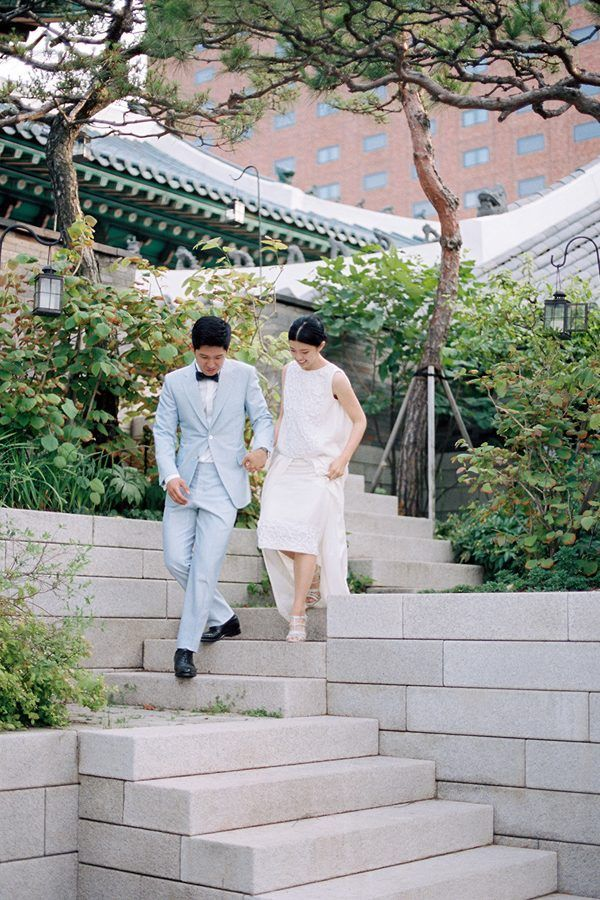 SOUTH KOREA: Effortlessly Elegant Wedding | This couple grew up in Seoul, so the venue Shilla was a natural choice.