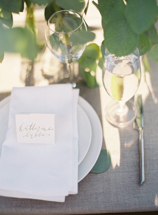 12-rustic-wedding-calligraphy-place-setting