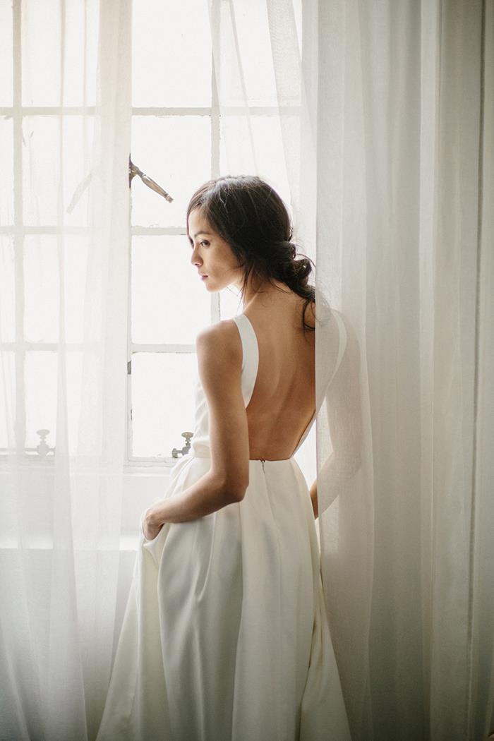 15-open-back-modern-silk-wedding-gown