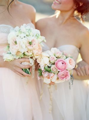 17-pink-wedding-flowers-lace-wrapped