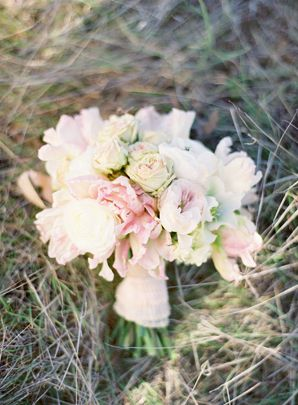 21-blush-pink-wedding-bouquet-white