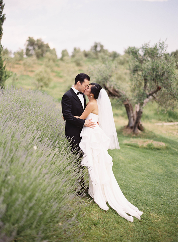 33-lavender-wedding-ideas