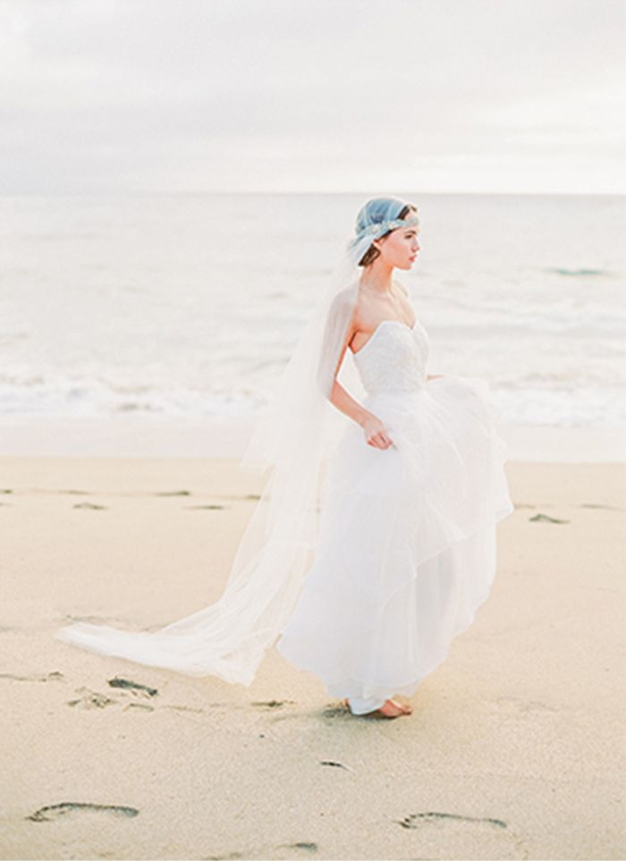 5-beach-wedding-gown-ideas
