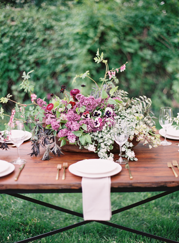 8-lavender-wedding-table
