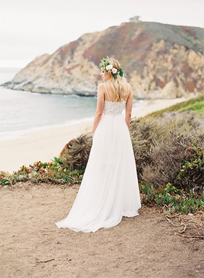 9-beach-wedding-gown-inspiration