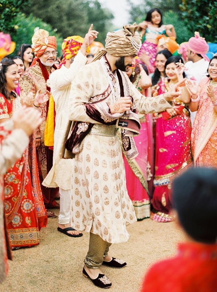 13-baraat-wedding-entrance