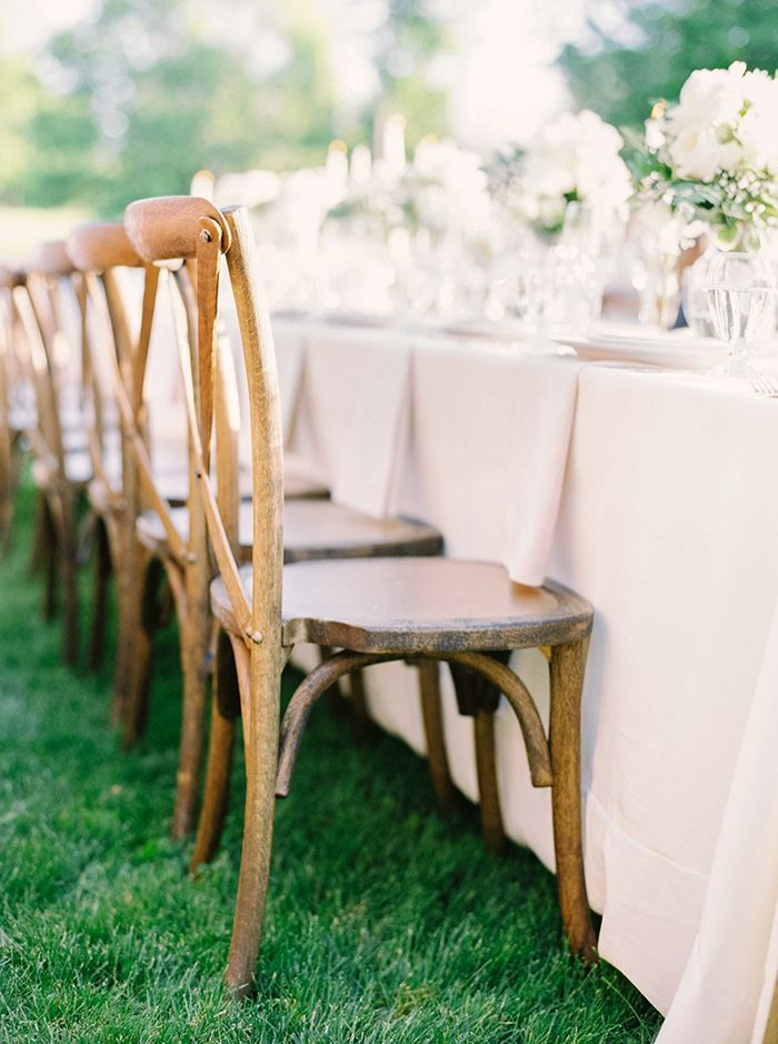 14-wedding-chairs-linens
