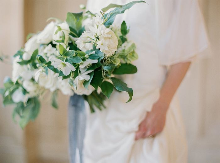 17-organic-white-wedding-bouquet