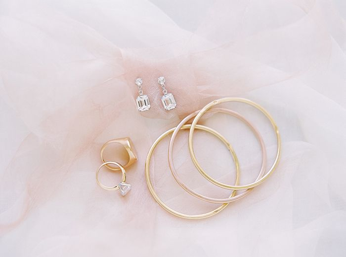 22-timeless-bridal-jewelry