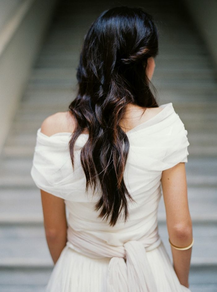 3-relaxed-bridal-half-up-half-down-hairstyle