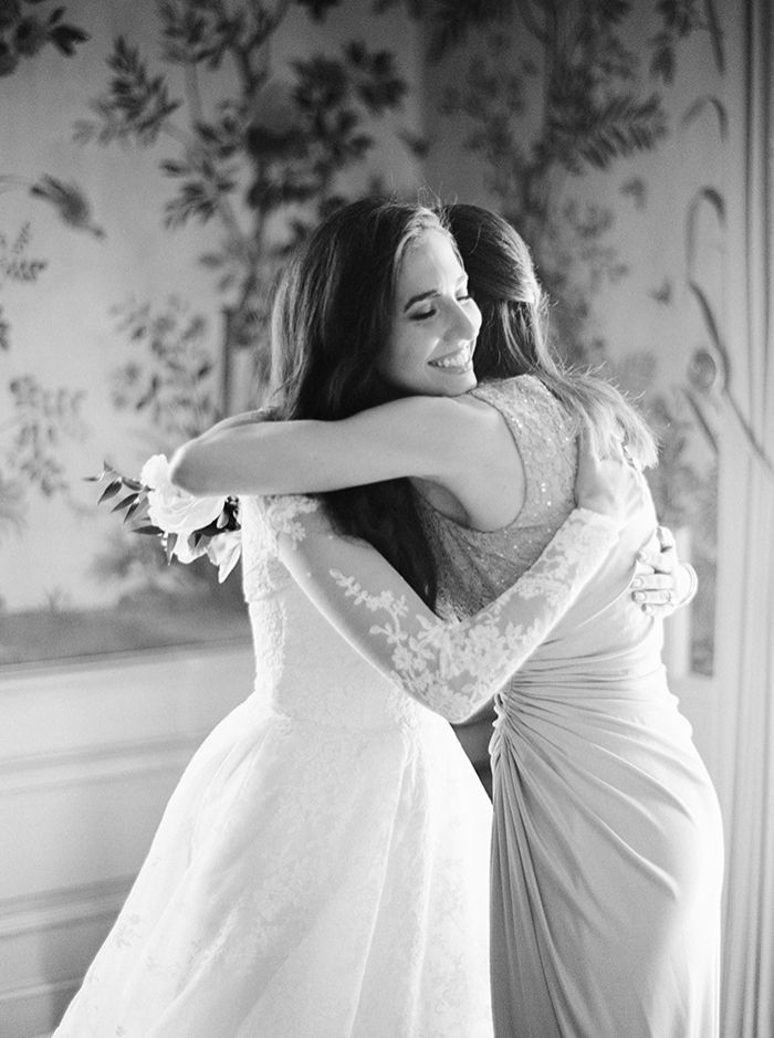 6-mother-of-the-bride-moment