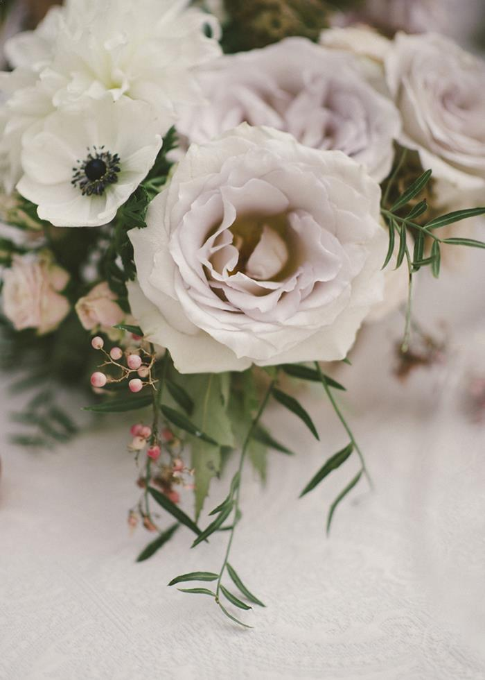 6-white-green-rose-wedding-bouquet