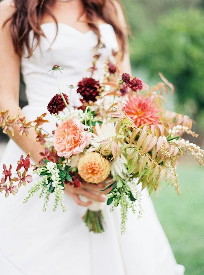 1-laid-back-fall-vineyard-wedding