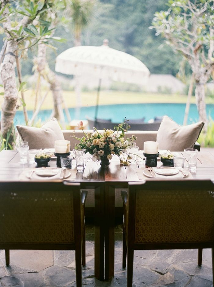 10-outdoor-wedding-dining