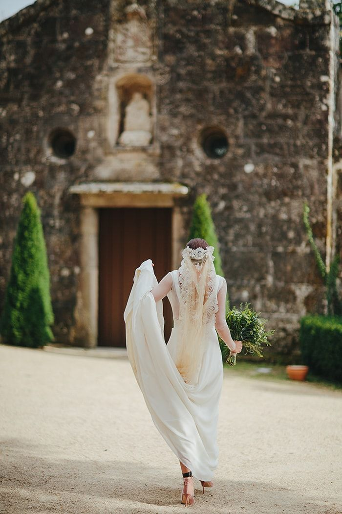 12-couture-bridal-veil-and-dress