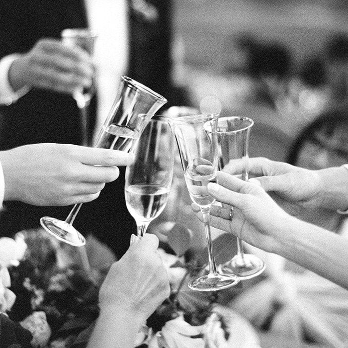 21-wedding-champagne-toast