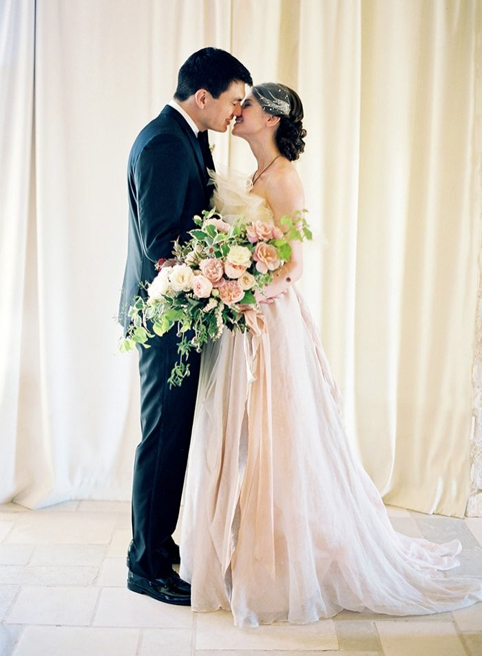 26-blush-wedding-inspiration