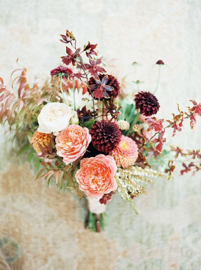 4-autumnal-bridal-bouquet
