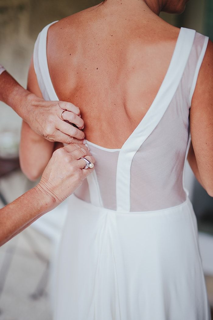 4-sheer-back-gown-details