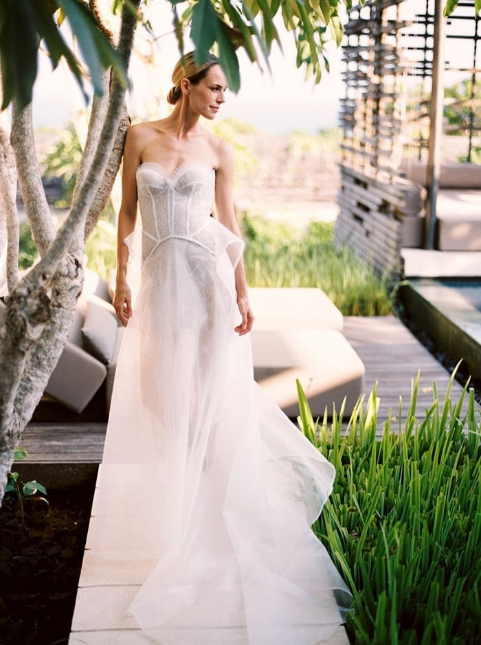 Chic Bridal Gown Inspiration in the Tropics