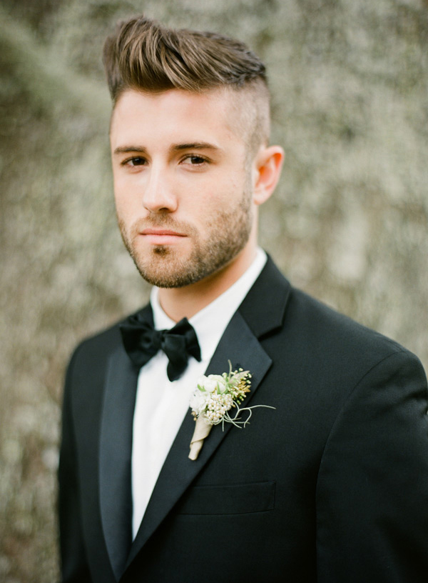 12-modern-black-tux-wedding-ideas