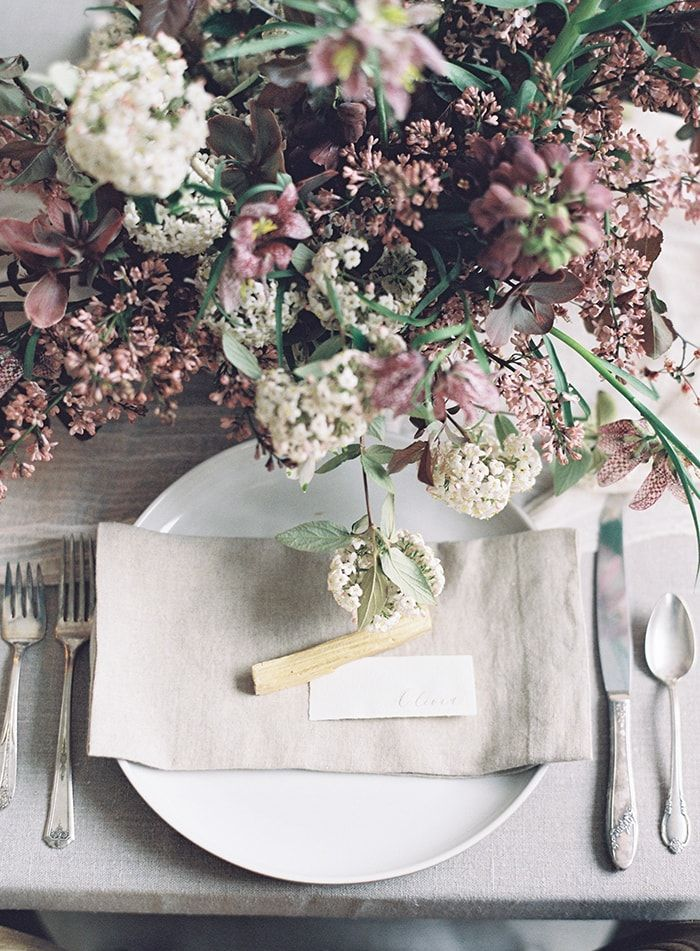 13-elegant-spring-table-setting