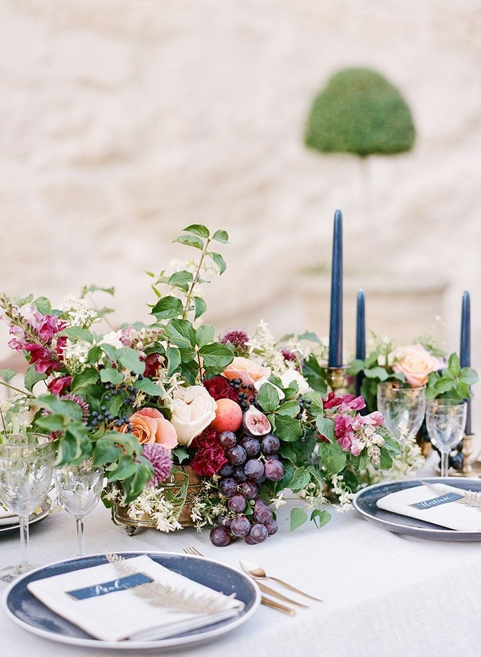16-lush-table-reception-decor