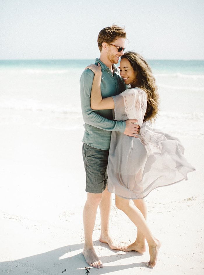 18-sunny-beach-engagement-photography