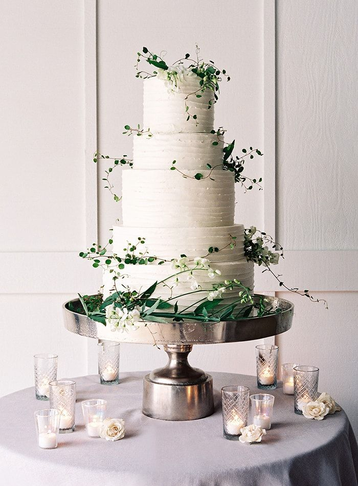 19-5-tier-wedding-cake-greenery