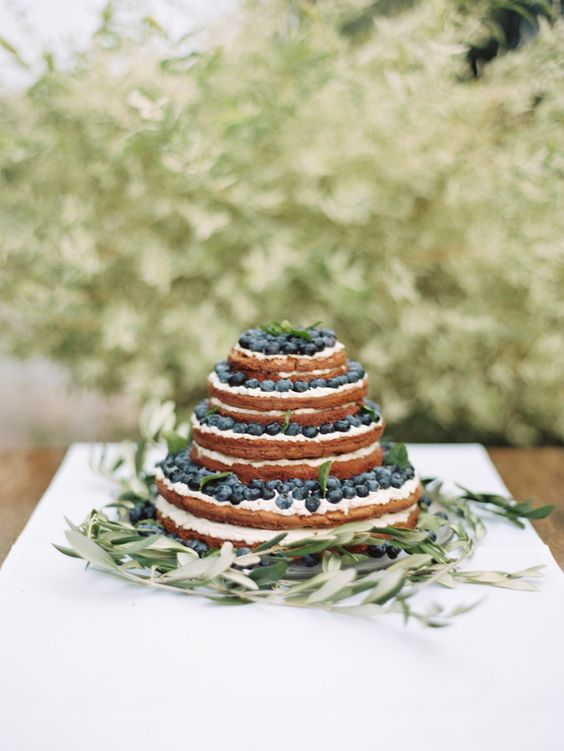 19-naked-layered-wedding-cake