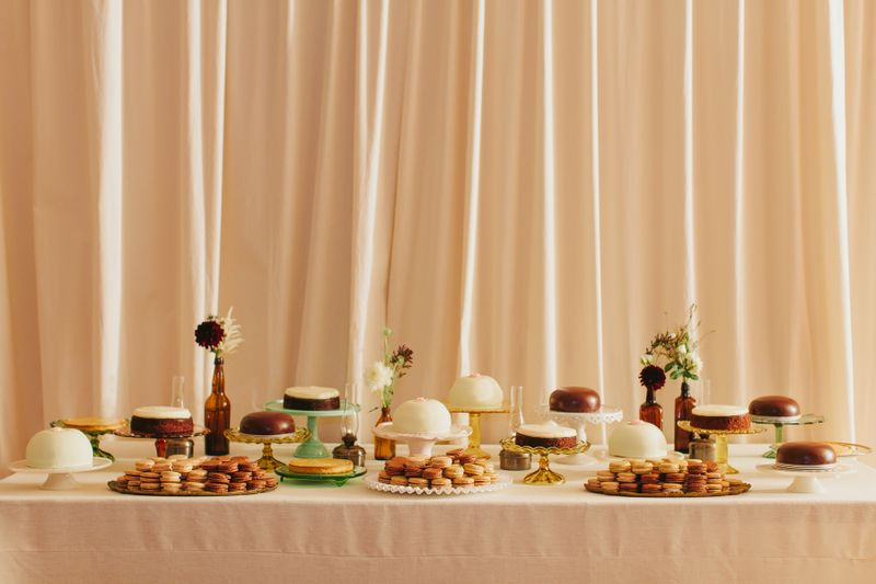 26-wedding-dessert-table