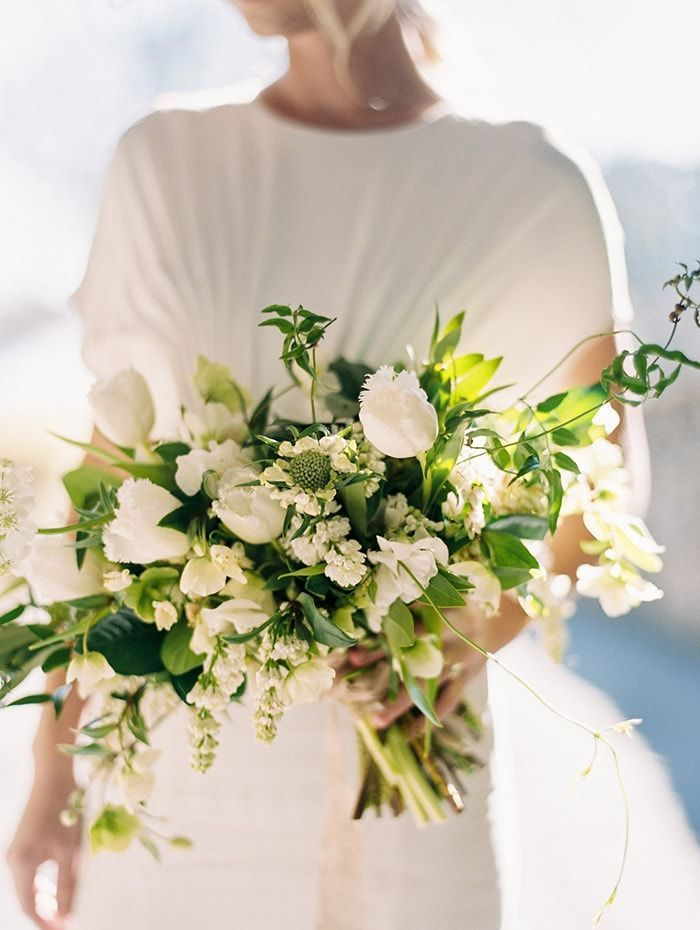 3-green-white-bouquet