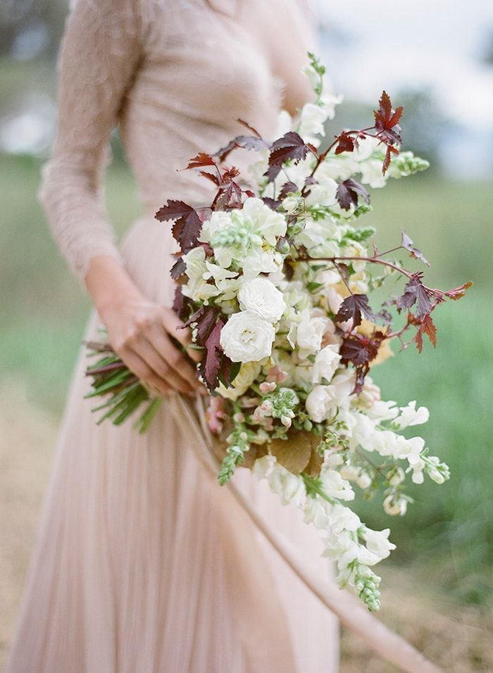 3-neutral-fall-bridal-bouquet