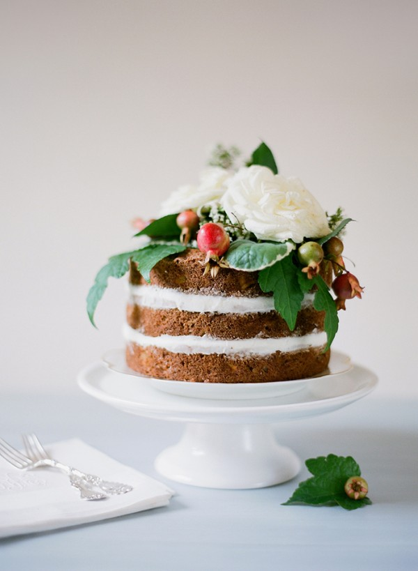 33-dainty-wedding-cake