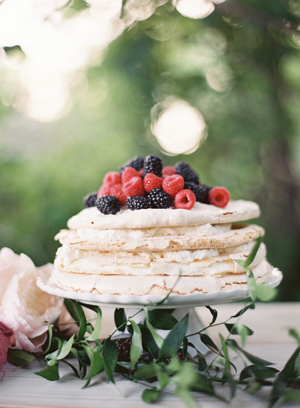 4-berry-layer-wedding-dessert