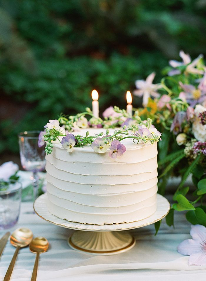 41-simple-wedding-cake