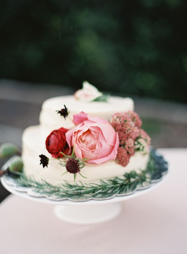 45-small-wedding-cake
