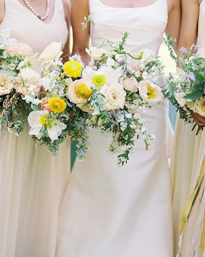 6-bright-bridesmaid-bouquets