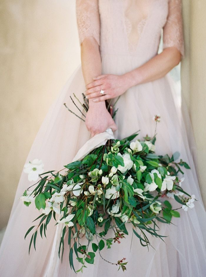 9-green-and-white-wedding-bouquet