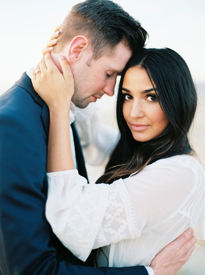 1-casual-engagement-session