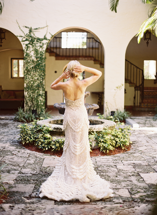 How to Choose a Colorful Wedding Dress