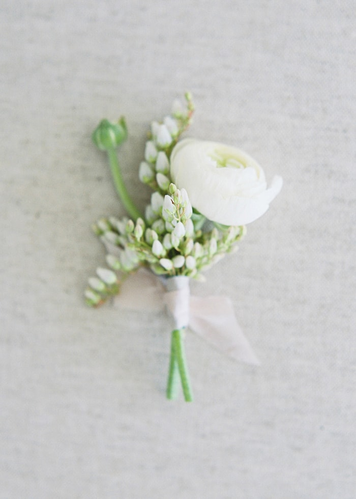 15-white-ranunculus-bout