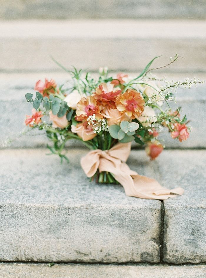18-peach-green-wedding-inspiration