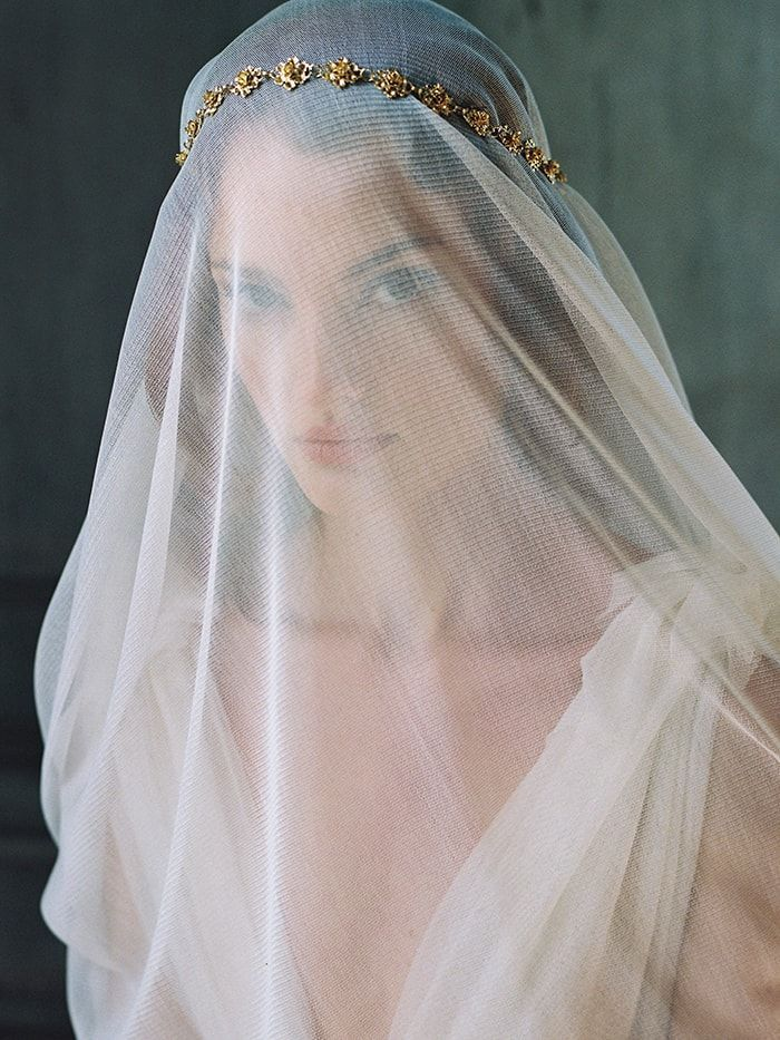 18-wedding-veil-ideas