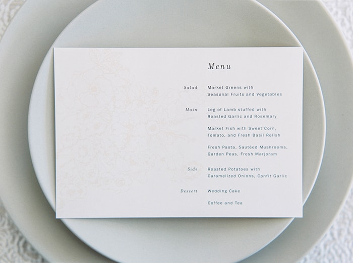 27-white-modern-wedding-menu