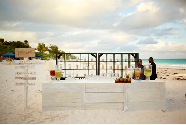 49-beachside-wedding-bar