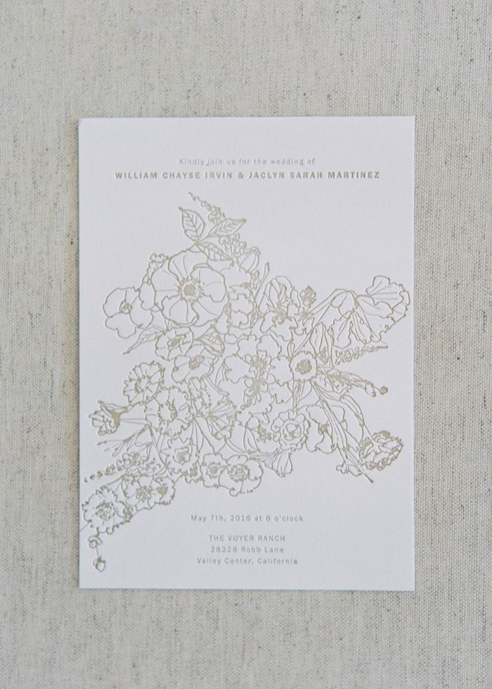 5-gray-white-floral-invitation
