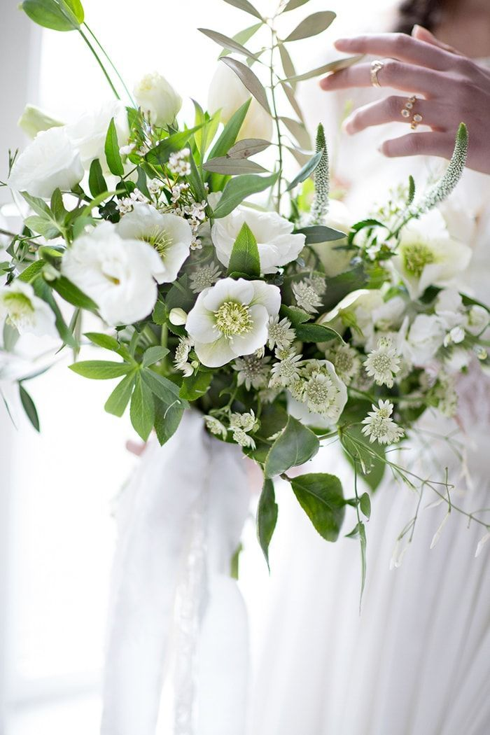11-white-green-bridal-bouquet-ideas